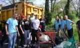 D1 Southern Illinois Carbondale Womens T&F - Cougars Volunteer at 4th Annual Trash Bash