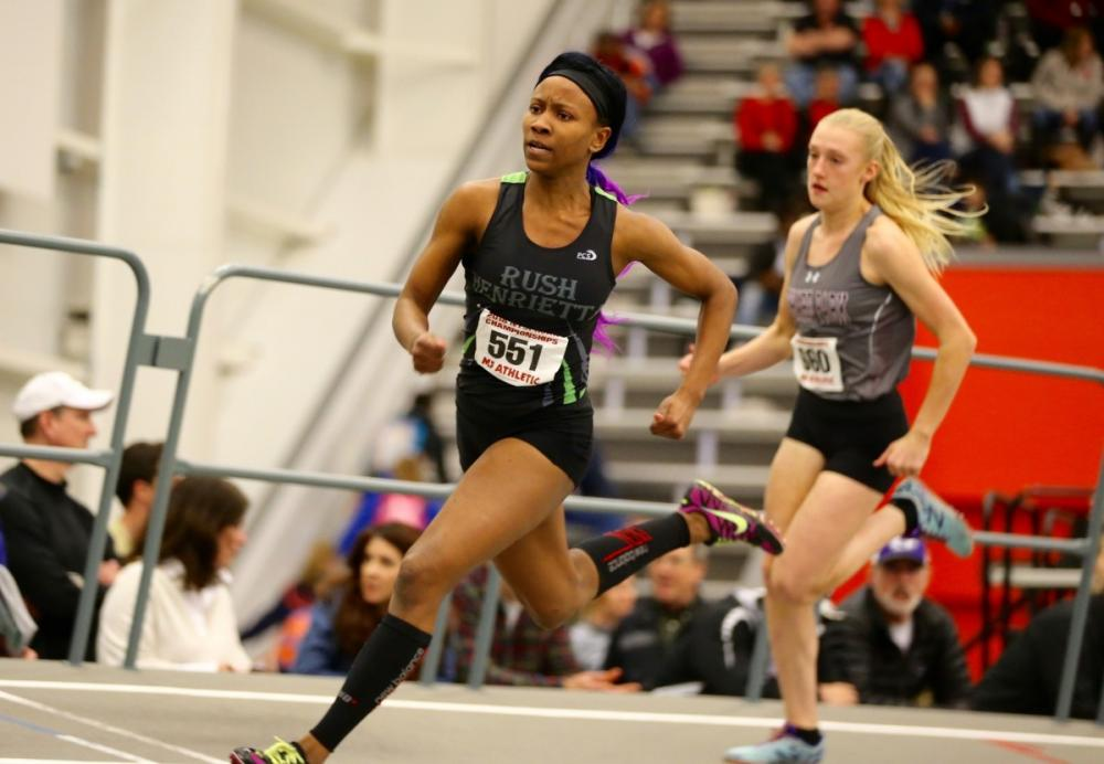 DyeStat com - News - Lanae-Tava Thomas Overcomes Travel Obstacle To