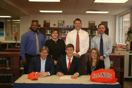 News Nathan Loe Signs With The University Of Illinois