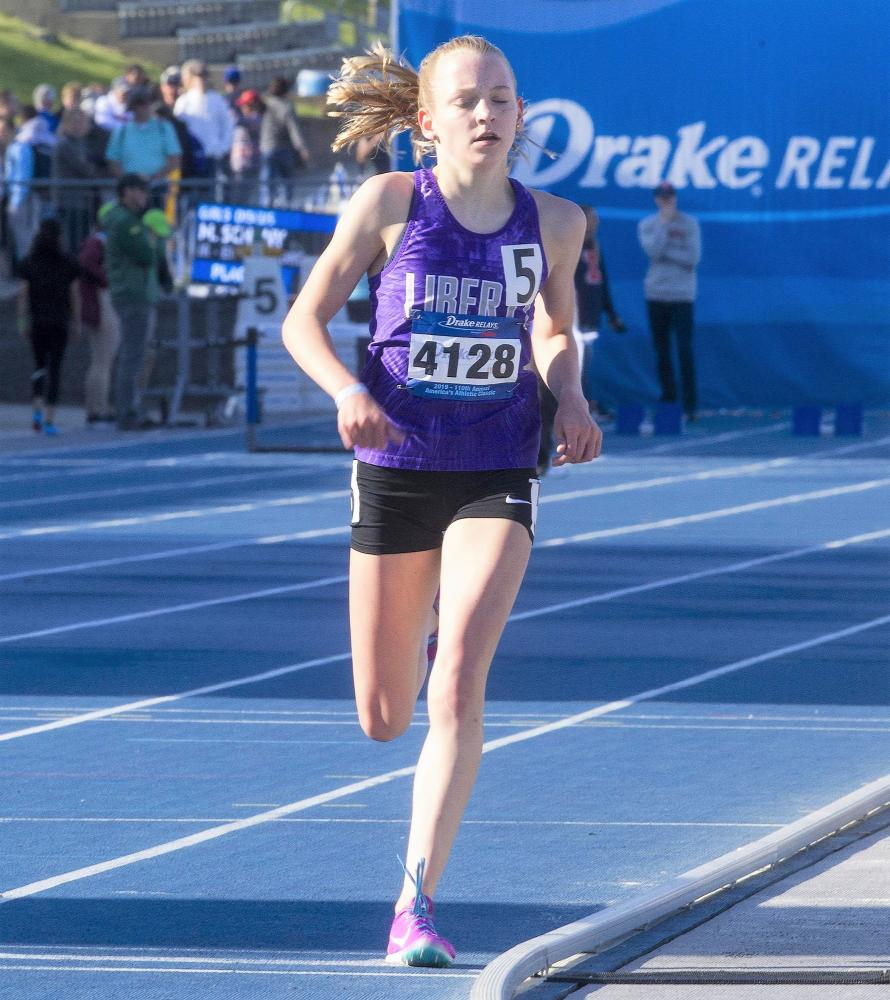 Dyestat Com News Brogan Austin Reed Fischer And Ashlyn Keeney Are Main Attractions At Drake Relays Distance Carnival